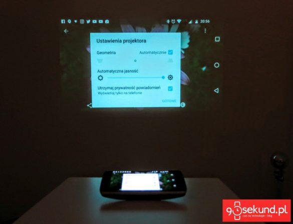 Recenzja Lenovo Moto Z Play (XT1635-02) oraz projektor Moto Insta-Share Projector z ustawieniami projekcji - 90sekund.pl