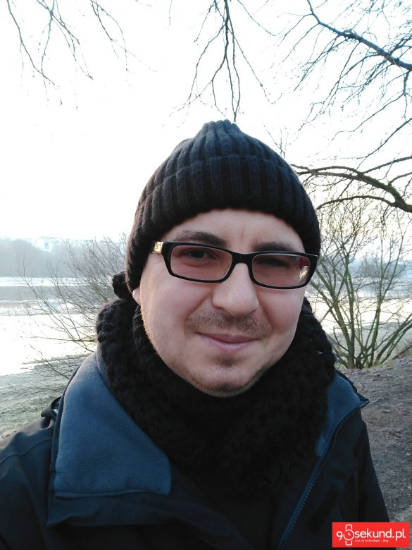 Zdjęcie wykonane bez upiększania twarzy Motorola Moto X4 (XT1900-7) - recenzja 90sekund.pl