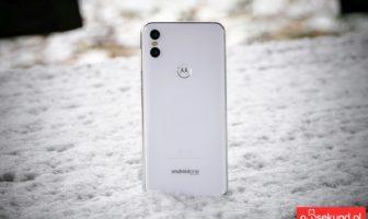 Recenzja Motorola One - Michał Brożyński - 90sekund.pl